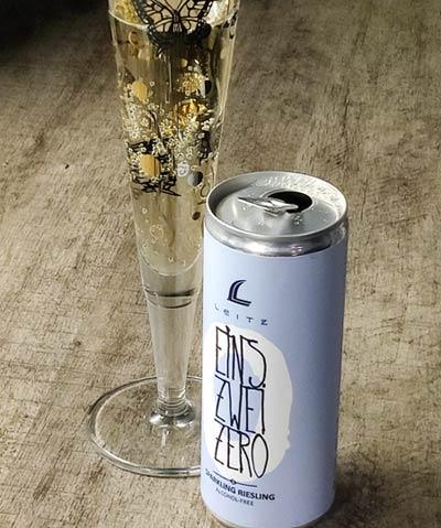 Leitz Eins-Zwei-Zero Sparkling Riesling Alcohol Free tölkki