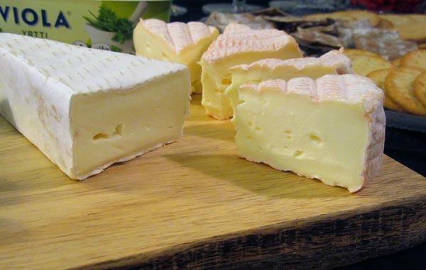 Pehmeitä juustoja