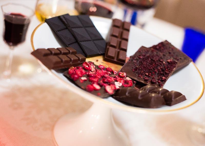 Suklaita - tumma suklaa