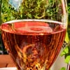 Alexandre Bonnet Perle Rosée Champagne Brut - kuplat lasissa