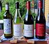 Neljä sisilialaista viiniä rivissä
