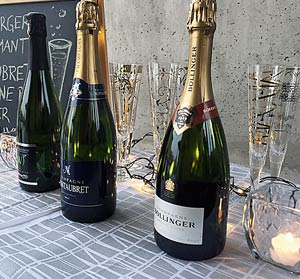 Uudenvuoden kuohuviinit, Wolfberger Crémant, Montaubret Champagne, Bollinger Champagne