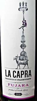 [kuva: Etelä-Afrikkalainen viini Toscanan rypäleestä.]