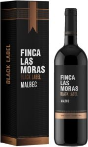 [kuva: Finca Las Moras Black Label Malbec 2017 lahjapakkaus(© Alko)]