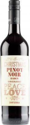 [kuva: Christmas Organic Pinot Noir Peace Love Joy 2018(© Alko)]