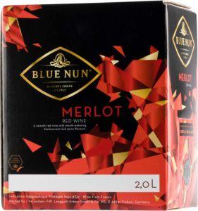 [kuva: Blue Nun Merlot hanapakkaus(© Alko)]