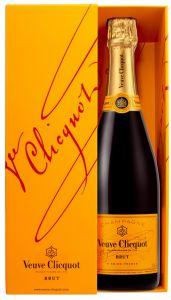 [kuva: Veuve Clicquot Champagne Brut lahjapakkaus(© Alko)]