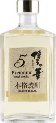 [kuva: Hakata no Hana 5 Year Old Premium Mugi Shochu(© Alko)]
