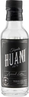 [kuva: Huani Blanco Tequila(© Alko)]