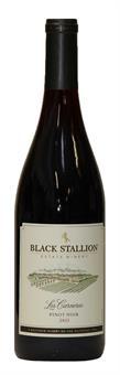 [kuva: Black Stallion Los Carneros Pinot Noir 2013(© Alko)]