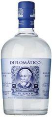 [kuva: Diplomático Planas]